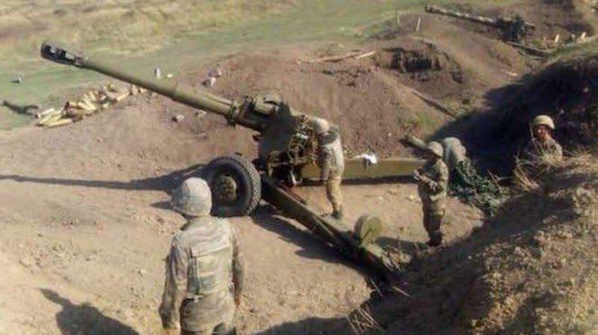 VIVA Militer: Artileri tempur Angkatan Bersenjata Armenia