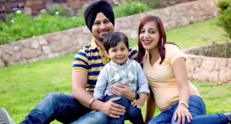 Port Augusta candidate Sunny Singh with his family. Source: 7 News