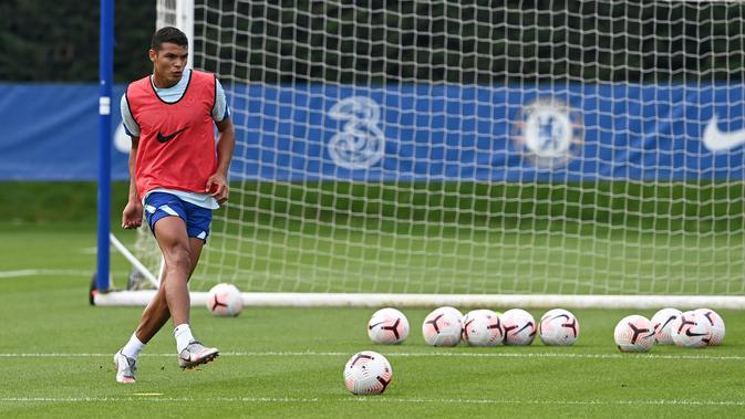 Thiago Silva sedang mengikuti sesi latihan bersama Chelsea (Doc Chelsea)
