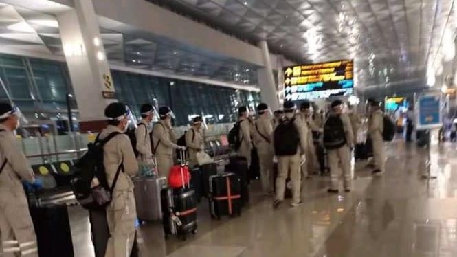Viral Tentara Berseragam Tiba di Bandara Soetta, Polisi Masih Selidiki