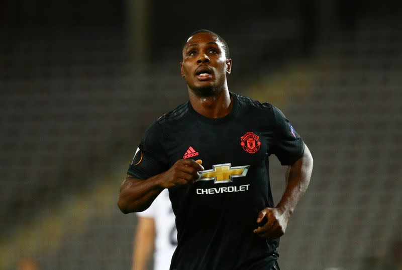 Ighalo aiming to lift Man Utd after loan extension