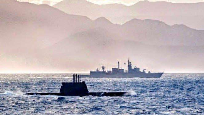 VIVA Militer: Kapal perang Angkatan Laut Yunani dan Turki