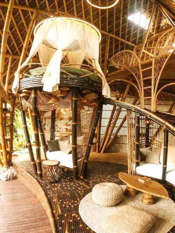 Kecantikan interior bambu Hideout Horizon Bali karya Studio WNA. (dok. Arsitag.com)