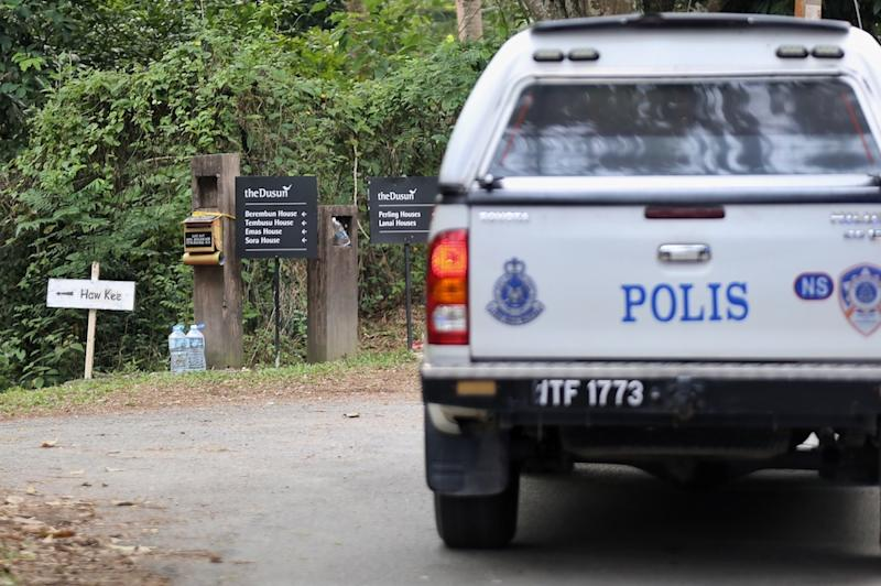 A police truck is seen at The Dusun in Kampung Baru Pantai, Seremban August 14,2019. — Picture by Ahmad Zamzahuri