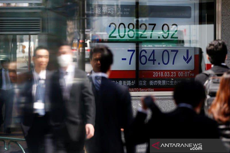 Saham Tokyo ditutup melemah karena investor mengambil keuntungan