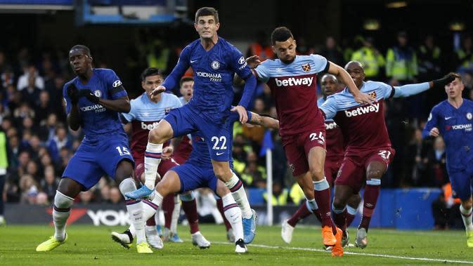 Chelsea takluk dari West Ham United pada laga pekan ke-14 Premier League. (AFP/Ian Kington)