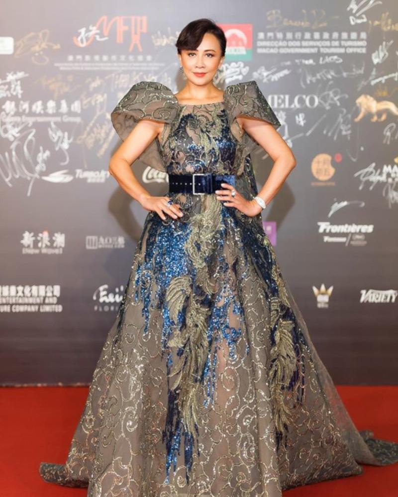 Hong Kong actress and singer Carina Lau in a head-turner on the red carpet. — Picture from Instagram/carinalau1208