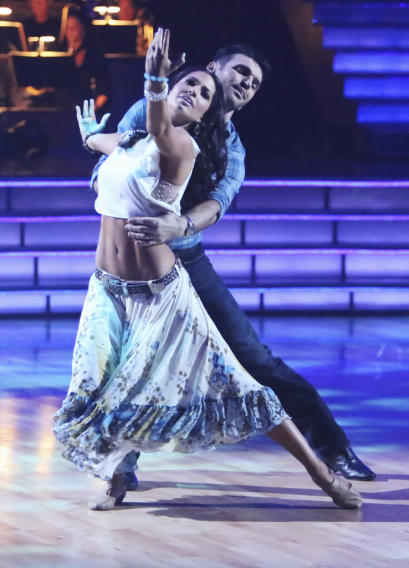 Melissa Rycroft and Tony Dovolani (10/29/12)