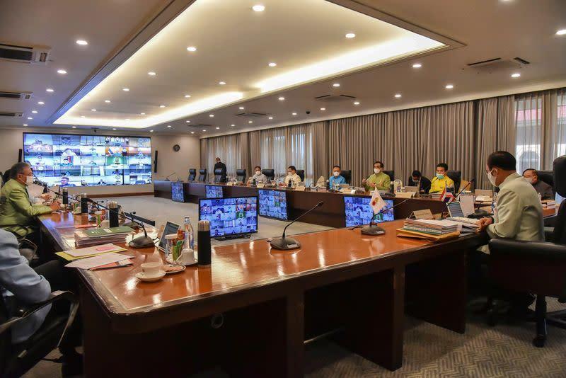Pemimpin Thailand minta kekuatan darurat ketika infeksi virus meningkat