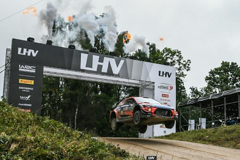 'No risks' Tanak takes Estonia lead and eyes fourth home win