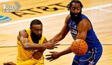 NBA明星賽登場 柯瑞三分球奪冠、詹皇隊大勝
