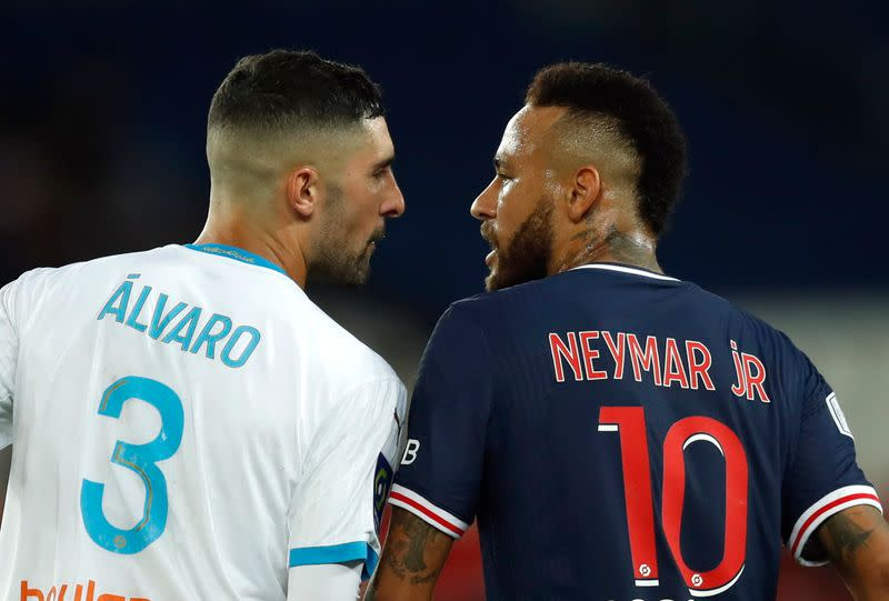 Marseille coach Villa-Boas defends Alvaro against Neymar racism complaint