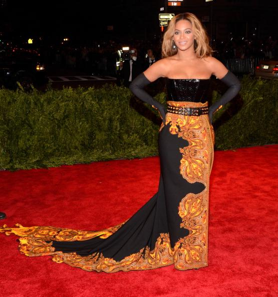 Beyonce Apologizes to Fans for Canceling Show as Pregnancy Rumors Fly