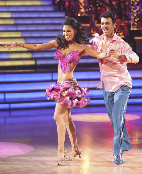 Melissa Rycroft and Tony Dovolani (11/26/12)