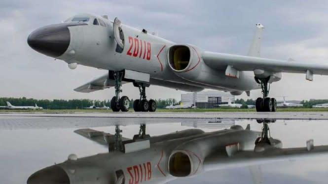 Bahaya, China Pamer Pesawat Bomber Baru di Muka Taiwan