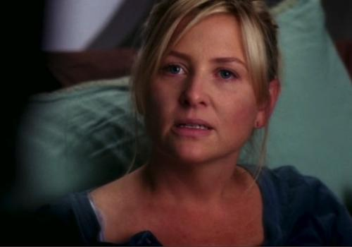 Grey's Anatomy's Jessica Capshaw on Arizona's Loss and Blaming Callie: 'She's Steamin' Mad'