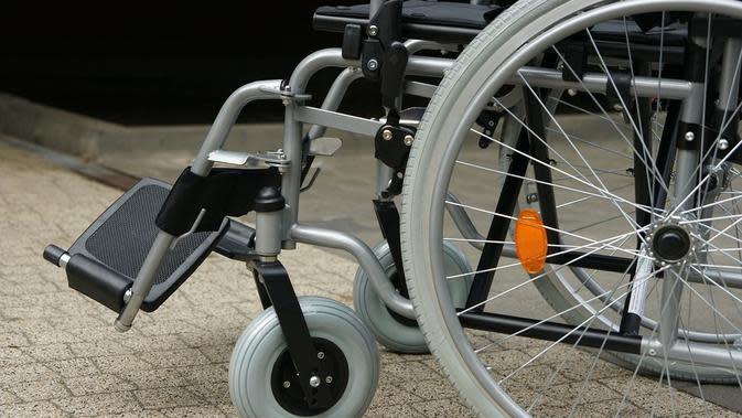 Ilustrasi kursi roda. (dok. BeatricBB/Pixabay/Tri Ayu Lutfiani)