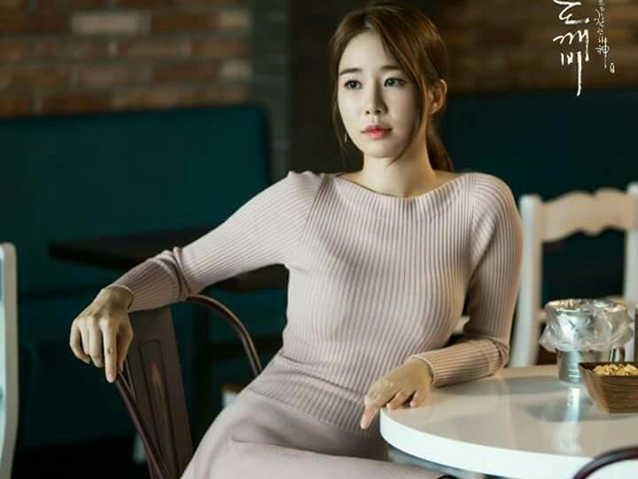 劉寅娜《孤單又燦爛的神~⿁怪》2016