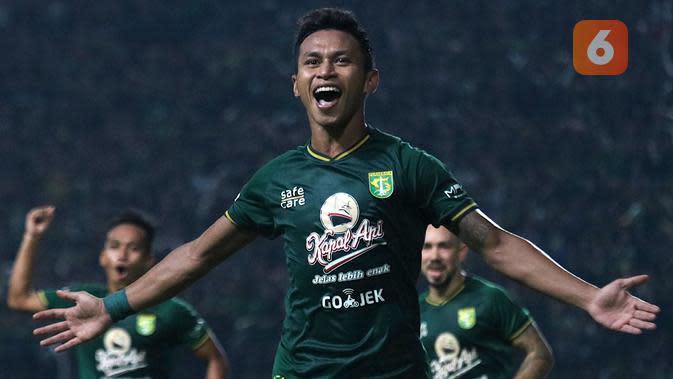 Osvaldo Haay, penyerang sayap Persebaya. (Bola.com/Aditya Wany)