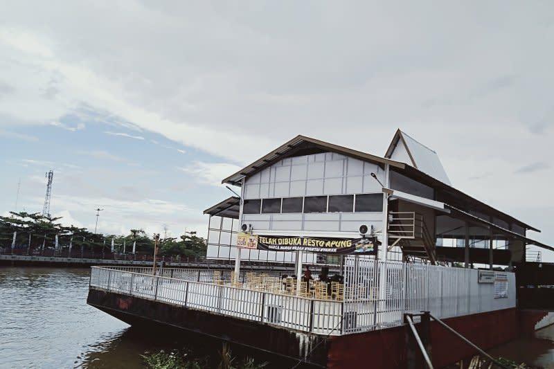 Restoran terapung jadi ikon baru wisata kuliner Banjarmasin