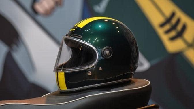 Mengulik Helm Vespa Racing Sixties, Simak Kelebihannya