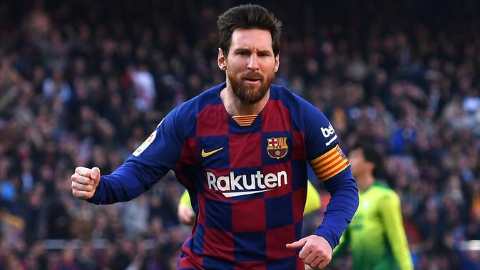 Lionel Messi - Lionel Messi menjadi salah satu pemain bintang hasil didikan Akademi Barcelona. Pemain terbaik dunia yang berhasil meyabet enam Ballon d'Or ini tetap setia berseragam Barcelona dari awal kariernya hingga saat ini. (AFP/Josep Lago)