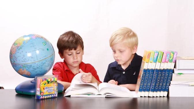 Anak berat kerjakan tugas. (Dok.pixabay.com/Komarudin)