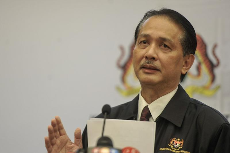 Health director-general Datuk Dr Noor Hisham Abdullah said the ministry was the one that decided the six 'green zone' countries that Malaysia plans to open its borders to in the near future. ― Picture by Shafwan Zaidon