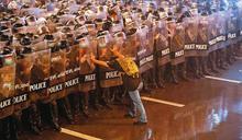 【泰國學潮現場紀實3】無大台流水式抗爭 這波學運口號:「人人是領袖」