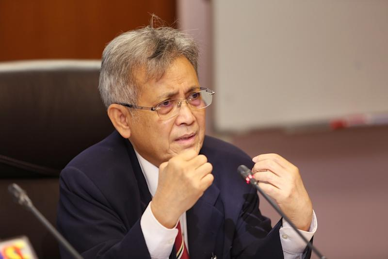 Datuk Hishamudin Yunus said the formation of a federal Islamic institution is against the Constitution, which provides for matters concerning Islam under the jurisdiction of the states. — Picture by Choo Choy May