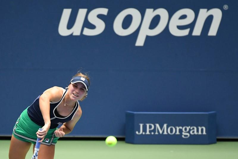 Kenin finds groove and reaches U.S. Open third round