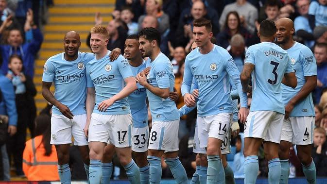 Manajer Swansea City, Carlos Carvalhal, takjub dengan permainan Manchester City setelah membantai timnya dengan skor 0-5 pada pertandingan pekan ke-35 Premier League 2017-2018. (AFP/Oli Scarff)