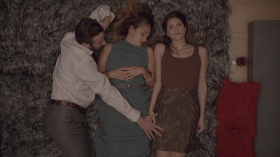 Marnie and Jessa almost have a threesome with a stranger, Episode 8