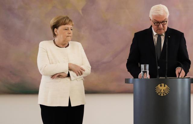 Bundeskanzlerin Angela Merkel erlitt bei der Ernennung der neuen Bundesjustizministerin Christine Lambrecht einen weiteren Zitteranfall (Bild: Kay Nietfeld/dpa)