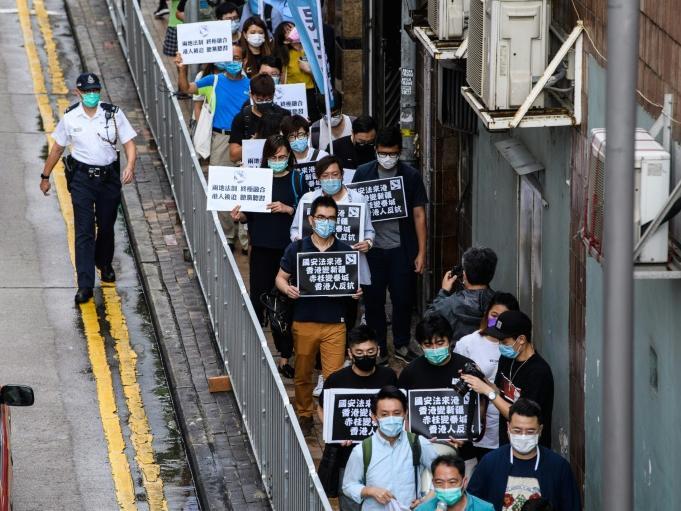 北京反制反送中 學者憂香港動盪