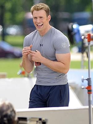Captain America Visits Washington D.C.: Chris Evans, Scarlett Johanssen in Capitol to Film Scenes for 'Winter Soldier'