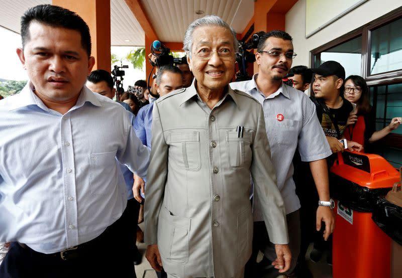 Penjelasan: Manuver politik Malaysia setelah PM Mahathir berhenti