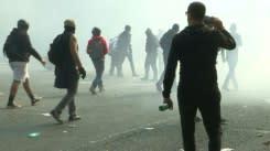 Bentrokan dan jumlah pemilih yang rendah  mewarnai  protes 'rompi kuning'  yang baru di Prancis
