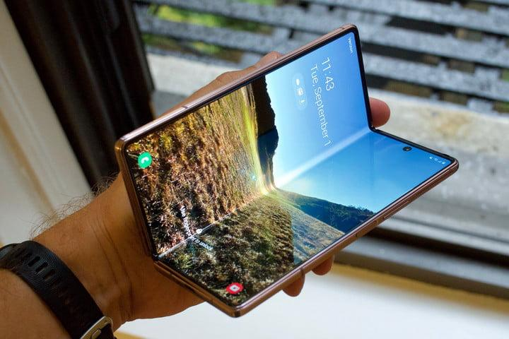 samsung galaxy z fold 2 first hands on features price photos release date half