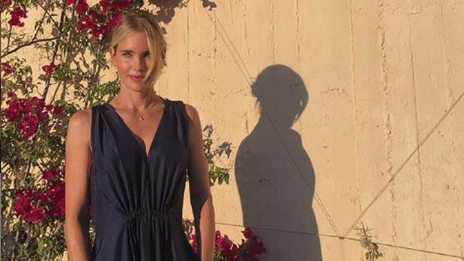 Model asal Swedia dan juga istri dari Luis Figo, Helene Svedin. (foto: instagram.com/helenesvedinfigo)