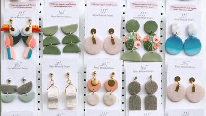 Koleksi anting rancangan Allesia Weintraub . (dok.Instagram @designsby.aw/https://www.instagram.com/p/B_NE1rVBHaT/Henry)