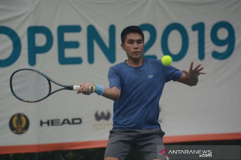 Rifqi Fitriadi melaju ke perempat final BNI Tennis Open