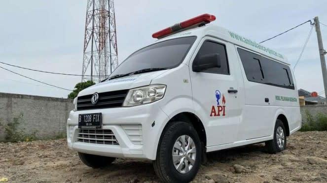 Mobil ambulans DFSK SuperCab