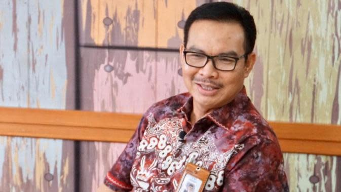 Kepala BKKBN Hasto Wardoyo menerangkan, penyuluh KB ikut mempromosikan pencegahan Corona COVID-19 saat live di Kantor BKKBN, Jakarta, Jumat (27/3/2020). (Dok Badan Kependudukan dan Keluarga Berencana Nasional/BKKBN)