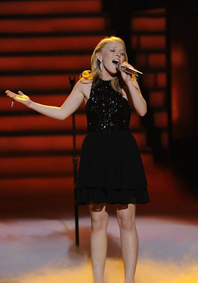 "Hollie Cavanagh performs ""All the Man That I Need"" by Whitney Houston on American Idol."""