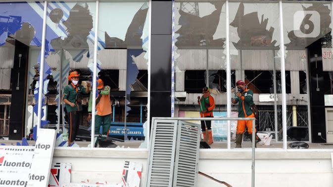 Wagub DKI Pastikan Fasilitas Umum yang Rusak Akibat Demo Segera Diperbaiki