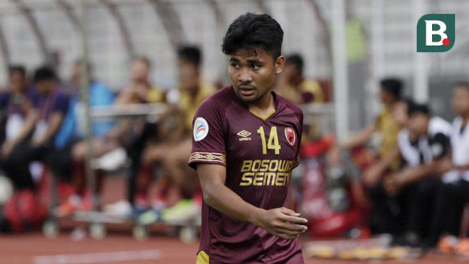 Bek PSM Makassar, Asnawi Mangkualam, saat melawan Kaya FC-Iloilo pada laga penyisihan Grup H Piala AFC di Stadion Madya, Jakarta, Selasa (10/3/2020). Kedua tim bermain imbang 1-1. (Bola.com/M Iqbal Ichsan)