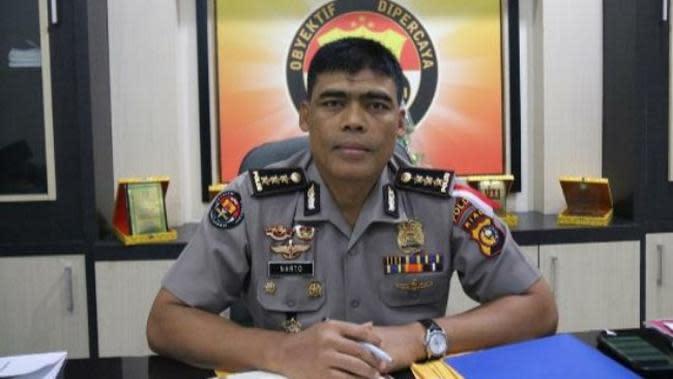 Rekam Pegawai dalam Kolam Ikan Tanpa Busana, Camat di Pekanbaru Dipolisikan