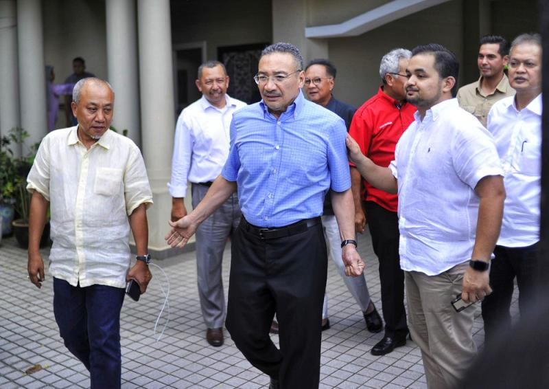 Sembrong MP Datuk Seri Hishammuddin Hussein is seen leaving Tan Sri Muyhiddin Yassin's house in Bukit Damansara, Kuala Lumpur February 28, 2020. — Picture by Shafwan Zaidon