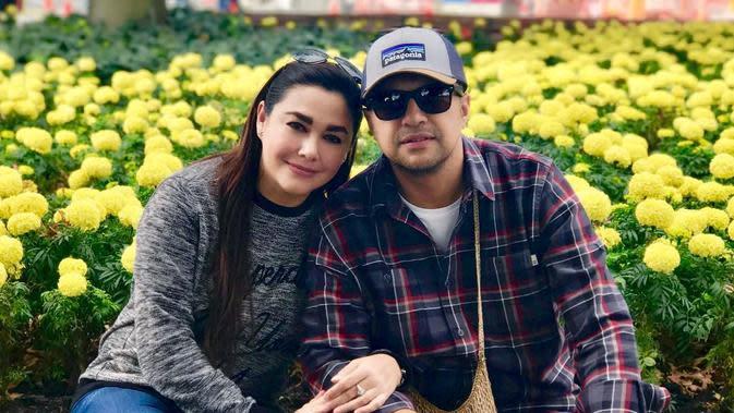 7. Ari Sihasale dan Nia Zulkarnaen (Foto: instagram.com/alenia259)